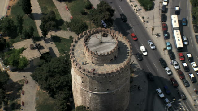 ws aerial zi zo ds view of thessaloniki white tower / thessaloniki, macedonia, greece  - thessalonika stock videos & royalty-free footage