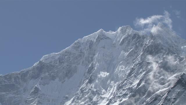 ms zo pan view of thmaserku mountain peak with chorten prayer stone at tengboche monastery / tengboche,  khumbu region, nepal - khumbu stock videos and b-roll footage