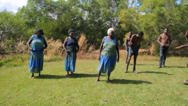 ms zi view of tiwi island natives performing native dance / northern territory, australia - tiwi people stock videos & royalty-free footage