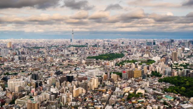 t/l ws ha zo view of tokyo skyline / tokyo, japan - zoom out stock videos & royalty-free footage