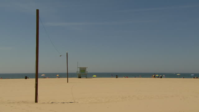 WS View of tourist on long beach / Los Angeles, California, United States