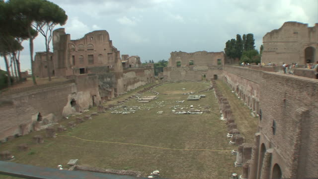 WS PAN View of tourists at Roman Forum / Rome, Italy
