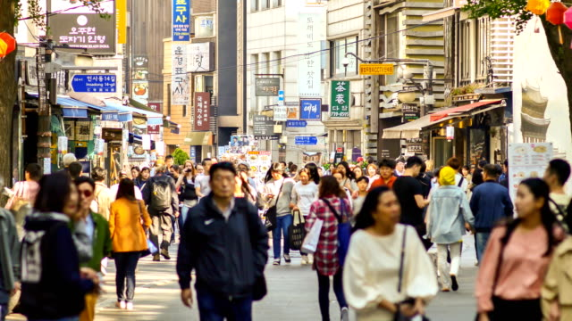 View of tourists in Insa-dong streets (Korean galleries and traditonal goods on display) in Seoul