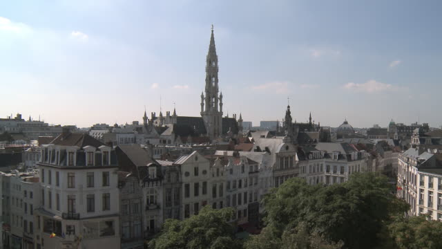 WS T/L View of Town Hall at La Grand Place, UNESCO World heritage / Brussels, Brussels Capital Region, Belgium