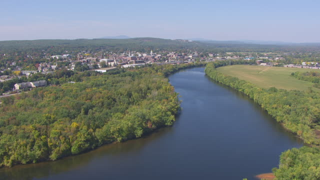 ws aerial pov view of town passing over merrimack river / concord, new hampshire, united states - new hampshire stock videos & royalty-free footage