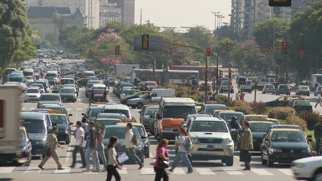 view of traffic in buenos aires, argentina - avenida 9 de julio stock videos & royalty-free footage