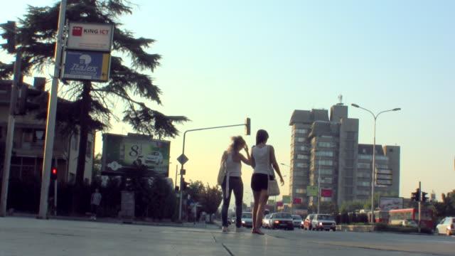 vídeos de stock, filmes e b-roll de ws view of traffic scene in skopje, macedonia / skopje, macedonia  - república da macedônia