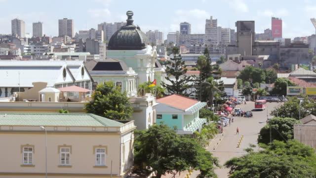 vídeos de stock e filmes b-roll de ws ha view of train station made by eiffel / maputo, mozambique - moçambique