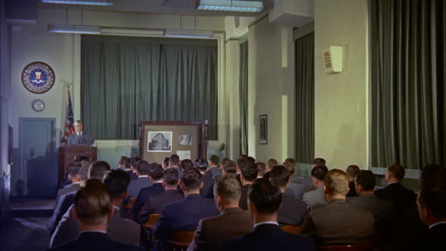 vidéos et rushes de ms view of trainees in a lecture hall / washington d.c., united states - professor