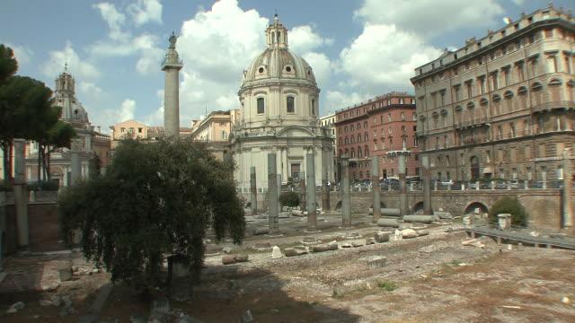 WS View of Trajan column and remains of Roman Ulpia basilica / Rome, Italy