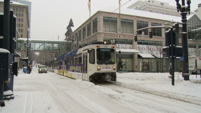 view of tram in portland usa - portland oregon street stock videos & royalty-free footage