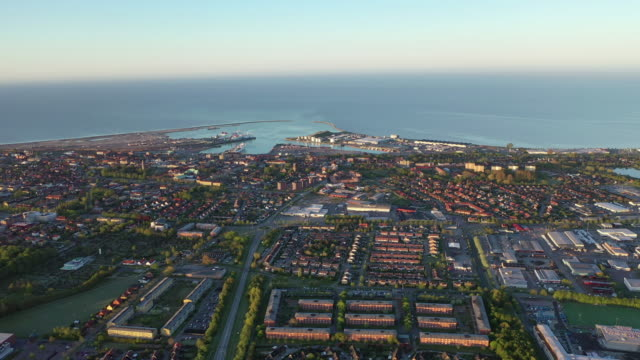view of trelleborg seaport / trelleborg, sweden - svezia video stock e b–roll