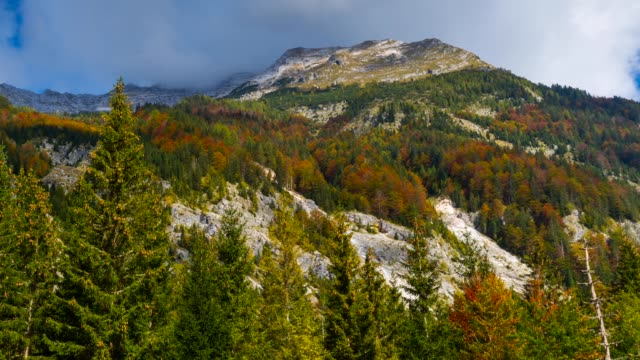 stockvideo's en b-roll-footage met view of triglav national park in autumn - julian alps