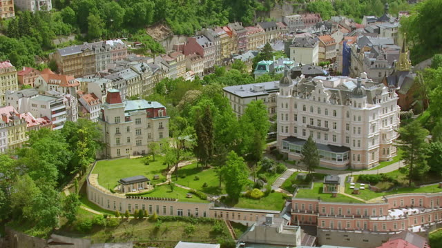 ws aerial td view of tschechien kur hotel / dubrovnik, dubrovnik neretva county, croatia - 高級ホテル点の映像素材/bロール