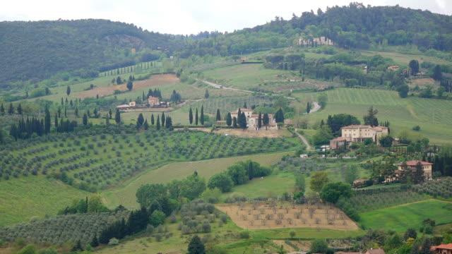ws view of tuscany landscape / san gimignano, tuscany, italy - italian currency stock videos & royalty-free footage