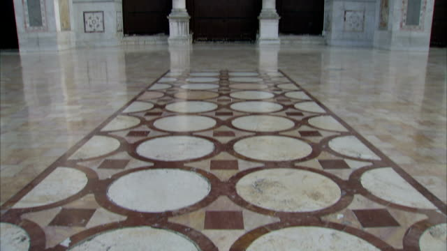 ms tu view of umayyad mosque floor / damascus - grand mosque stock videos and b-roll footage