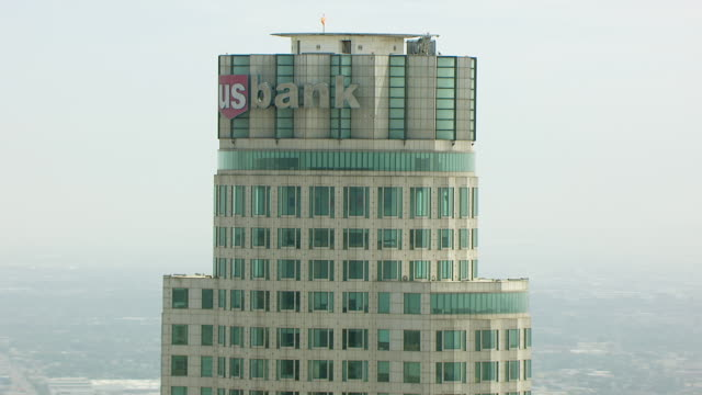 cu aerial pov view of us bank tower in downtown los angeles / los angeles, california, united states - us bank tower stock videos & royalty-free footage