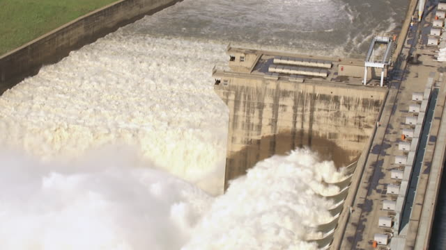 MS AERIAL ZO View of Vaal Dam's flood gates / Bloemfontein, Free State, South Africa