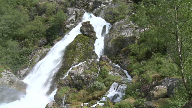 WS View of valley near Briksdalsbreen / Jostedalsbreen Nationalpark, Sogn og Fjordane, Norway