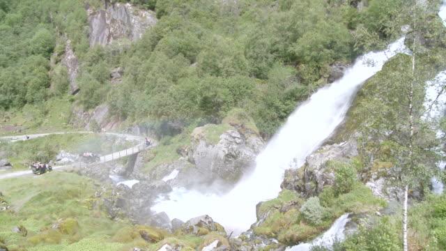 WS PAN View of valley near Briksdalsbreen / Jostedalsbreen Nationalpark, Sogn og Fjordane, Norway