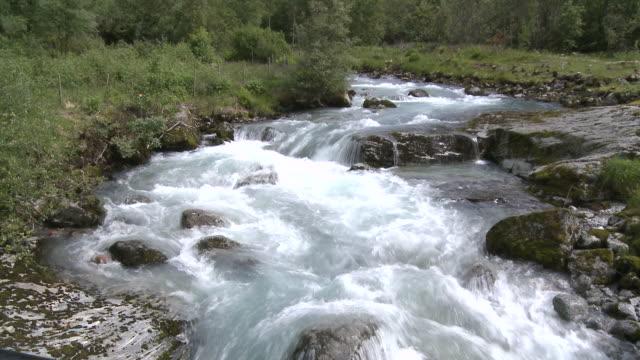 WS TU View of valley near Briksdalsbreen / Jostedalsbreen Nationalpark, Sogn og Fjordane, Norway