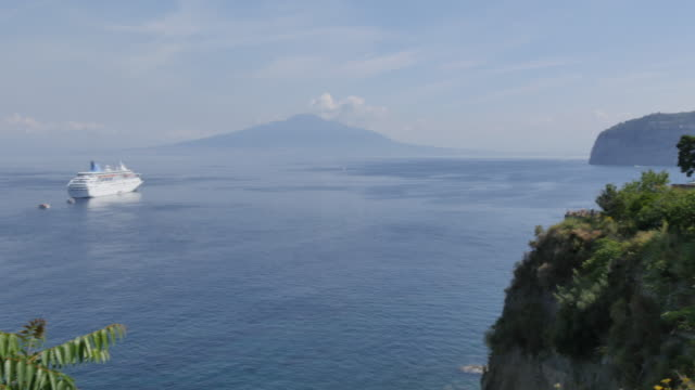 View of Vesuvius and Tyrrhenian Sea from above Sorrento, Costiera Amalfitana (Amalfi Coast), UNESCO World Heritage Site, Campania, Italy, Europe