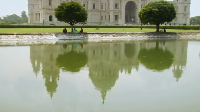 ws tu  view of  victoria memorial / kolkata, west bengal, india - kolkata stock videos & royalty-free footage