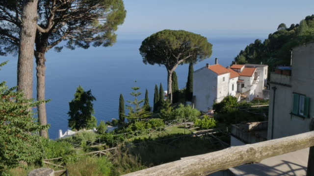 view of villa rufolo, ravello, costiera amalfitana (amalfi coast), unesco world heritage site, campania, italy, europe - amalfi stock videos and b-roll footage