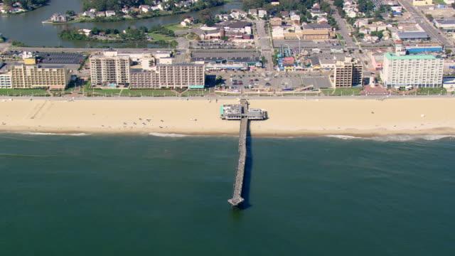 ws aerial zi zo view of virginia beach / virginia, united states - バージニア州点の映像素材/bロール