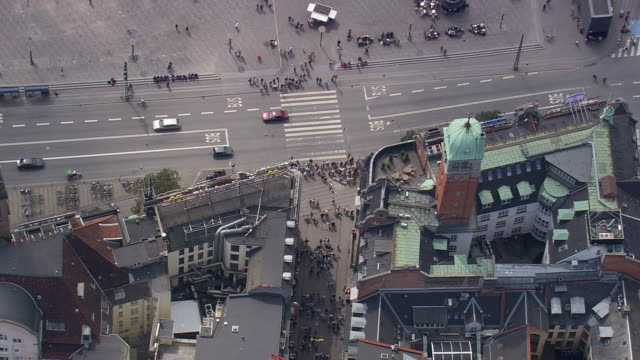 ws aerial view of walking street / copenhagen, denmark - kopenhagen stock-videos und b-roll-filmmaterial