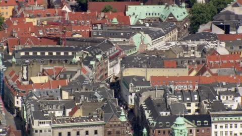 ws aerial view of walking street / copenhagen, denmark - copenhagen stock videos & royalty-free footage
