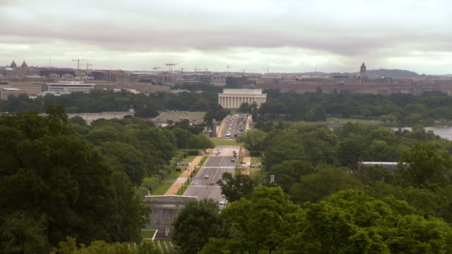 WS View of Washington DC from arlington cemetery showing memorial bridge and lincoln memorial / Washington, District of Columbia, United States