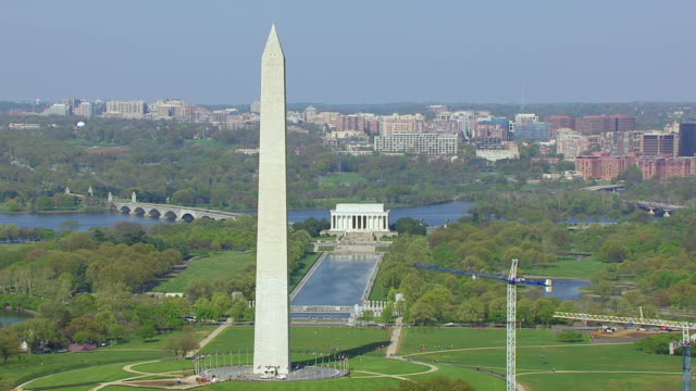 MS ZO AERIAL POV View of Washington Monument and National Mall with cityscape / Washington DC, United States