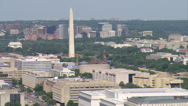 WS AERIAL ZO View of Washington Monument / Washington, Dist. of Columbia, United States