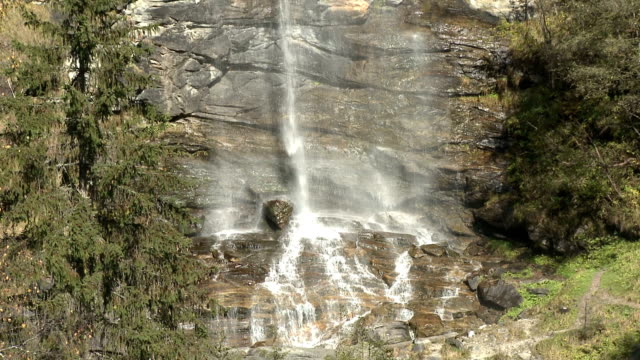 view of waterfall, fallbach, kaernten, maltatal, austria - carinthia stock videos & royalty-free footage