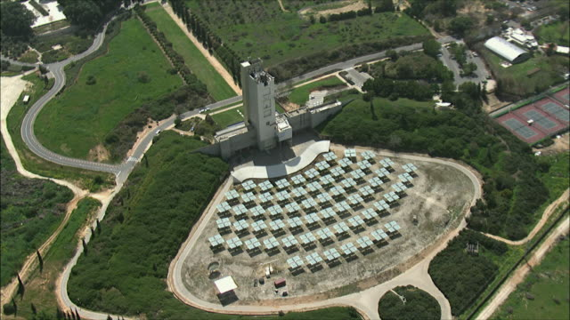 ws zi zo aerial view of weizmann institute of science and solar panels / rehovot, israel - organised group stock videos & royalty-free footage