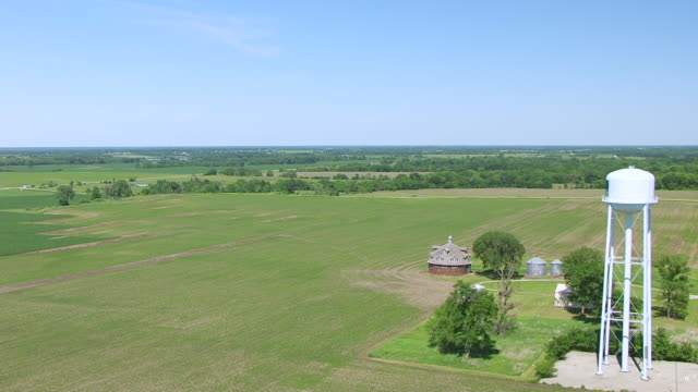 WS AERIAL POV View of Wickfield Round Barn / Van Buren County, Iowa, United States