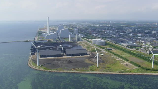 WS AERIAL View of wind farm and power station / Copenhagen, Denmark