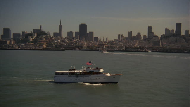 AERIAL MS View of Yacht flowing at san francisco bay with San francisco skyline