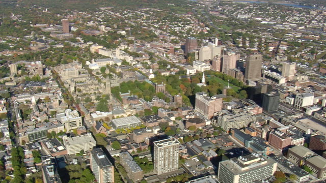 WS AERIAL ZI PAN ZO View of Yale University city / Connecticut, United States