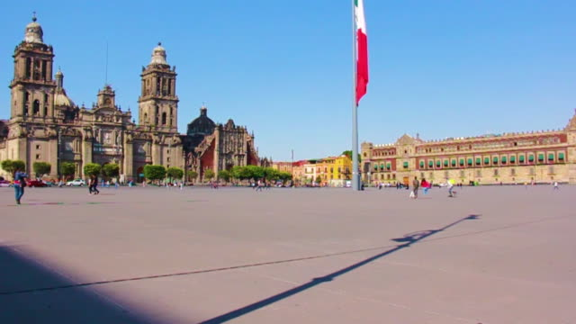 view of zocalo at downtown mexico city during the spread of coronavirus on march 25, 2020 in mexico city, mexico. as the covid-19 pandemic spreads,... - zocalo mexico city stock videos & royalty-free footage