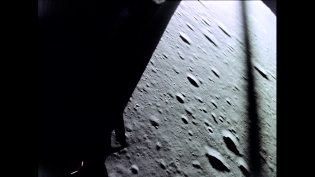 / view out apollo 12 lunar module window during landing on lunar surface apollo 12 lunar module landing on the moon on november 19 1969 in in space - nähern stock-videos und b-roll-filmmaterial