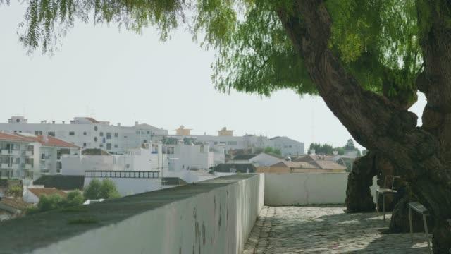 blick über tavira stadt in portugal - algarve stock-videos und b-roll-filmmaterial