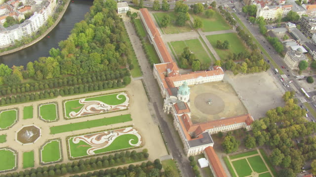 ws aerial ds zi view over charlottenburg palace / berlin, germany - charlottenburg palace stock videos & royalty-free footage