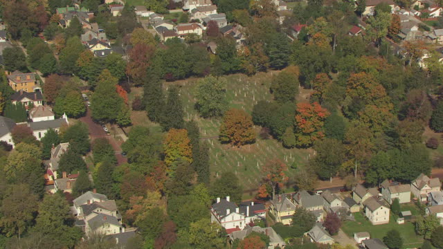 WS DS ZI AERIAL View over orbit Mound Cemetery and tombstones / Marietta, Ohio, United States
