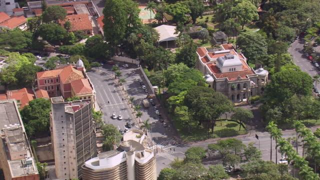 ws aerial view over palacio da liberdade / minas gerais, brazil - liberdade stock-videos und b-roll-filmmaterial