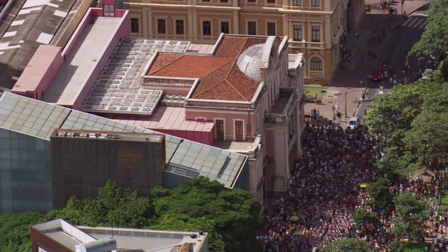 ws aerial view over people crowd near liberty square / minas gerais, brazil - minas stock videos and b-roll footage