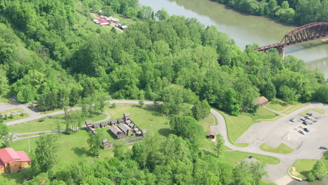 stockvideo's en b-roll-footage met ws zi aerial view over pricketts fort in marion county / west virginia, united states - virginia amerikaanse staat