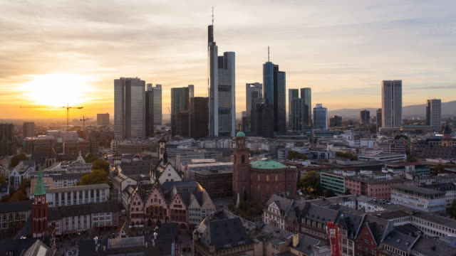 View over Romer Square towards the Skyline of Frankfurt, Frankfurt am Main, Hesse, Germany, Europe