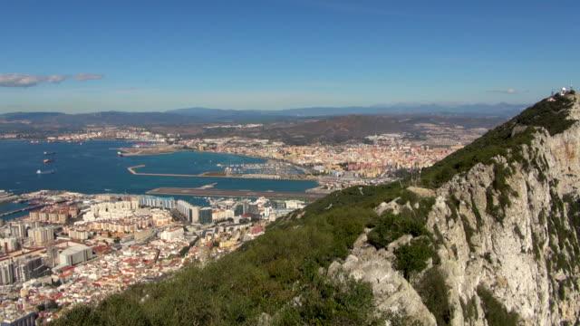 view panning across the rock of gibraltar - gibraltar bildbanksvideor och videomaterial från bakom kulisserna